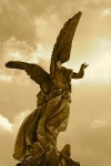 467b0afa3836ac507b4344eeddb2b8dc--cemetery-angels-cemetery-statues